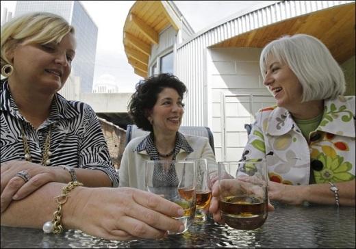 bourbon-women